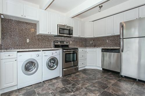 Mariners Cove Apartment Homes Photo 1