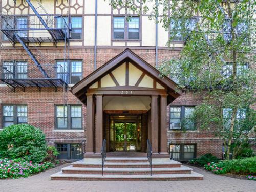 Hillside Gardens Apartment Homes Photo 1