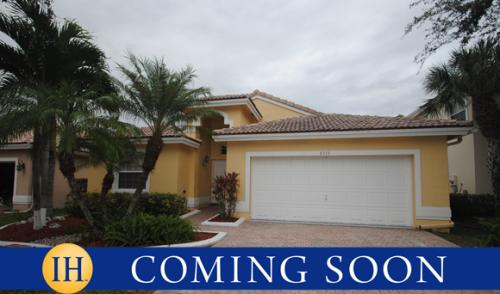 8543 NW 46th Dr Photo 1