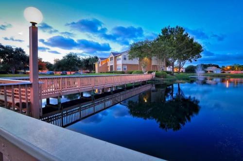 ARIUM Bay Pointe Photo 1