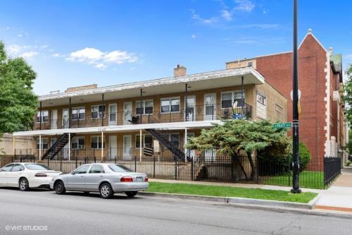 1340 W Pratt Boulevard Photo 1