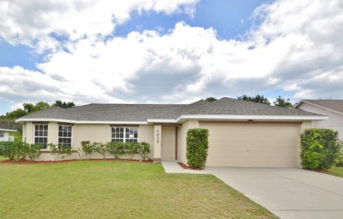 1012 Feather Dr Photo 1