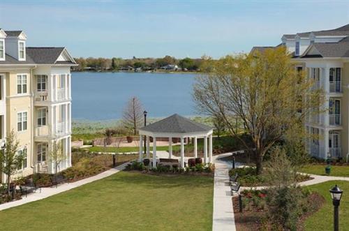 Post Lake at Baldwin Park Photo 1