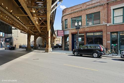 2025 W. North Ave. Photo 1