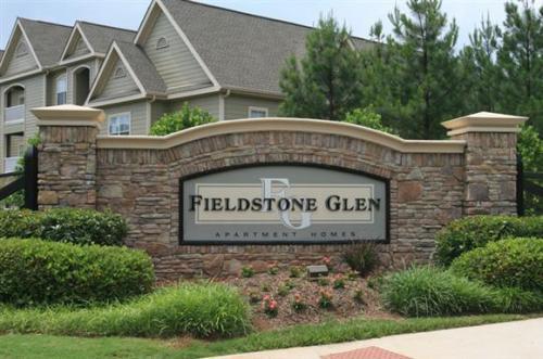 Fieldstone Glen Photo 1