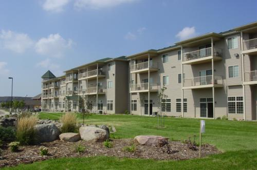 Donegal Pointe & Centre Photo 1