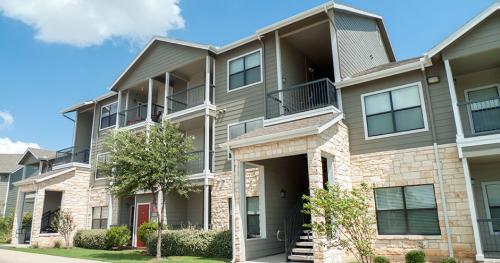 Republic Deer Creek Apartments Photo 1