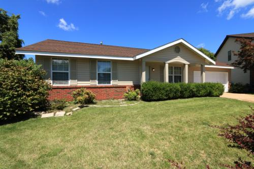1078 Patience Dr Photo 1