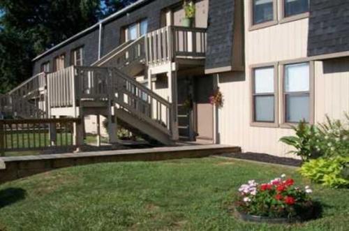 Dogwood Apartments Photo 1