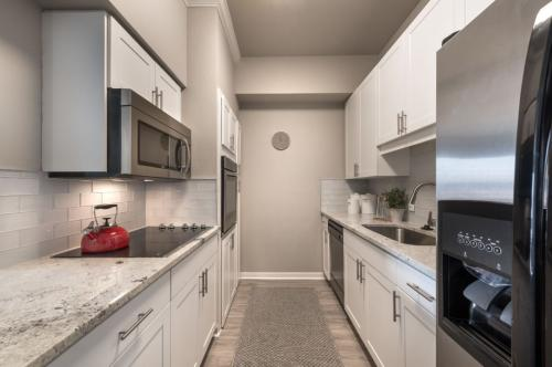 SKYE of Turtle Creek Photo 1