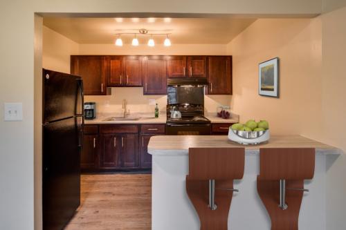 Kenilworth at Hazelwood & Windridge Apartments Photo 1