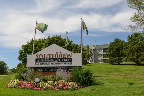 SouthView Gables Apartments Photo 1