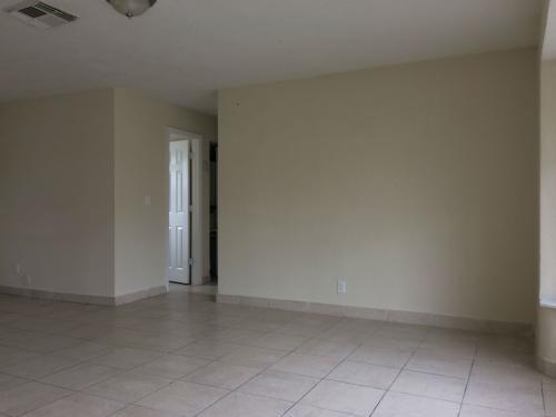2660 NW 43 Terrace Photo 1