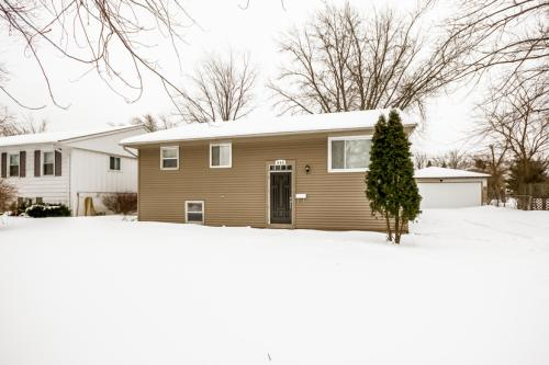 644 Clover Road Photo 1