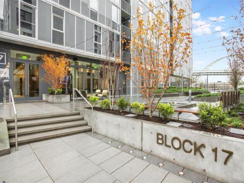 Block 17 Photo 1