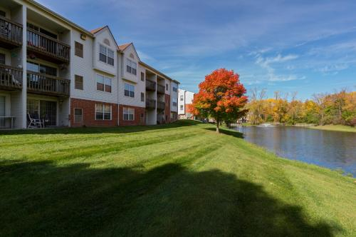 Ponds at Georgetown Apartments Photo 1