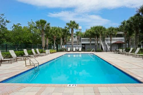 Coquina Bay Apartments Photo 1
