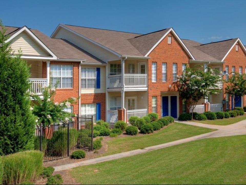 Ashley Cascade Property List Photo 1