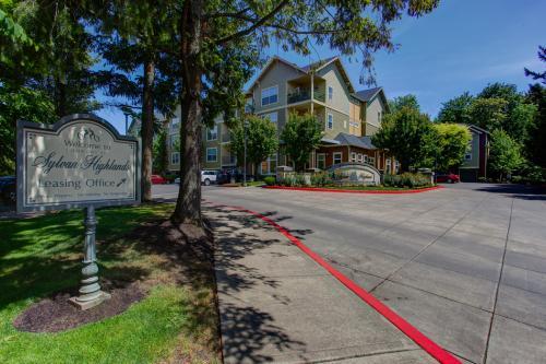 Commons at Sylvan Highlands Apartments Photo 1