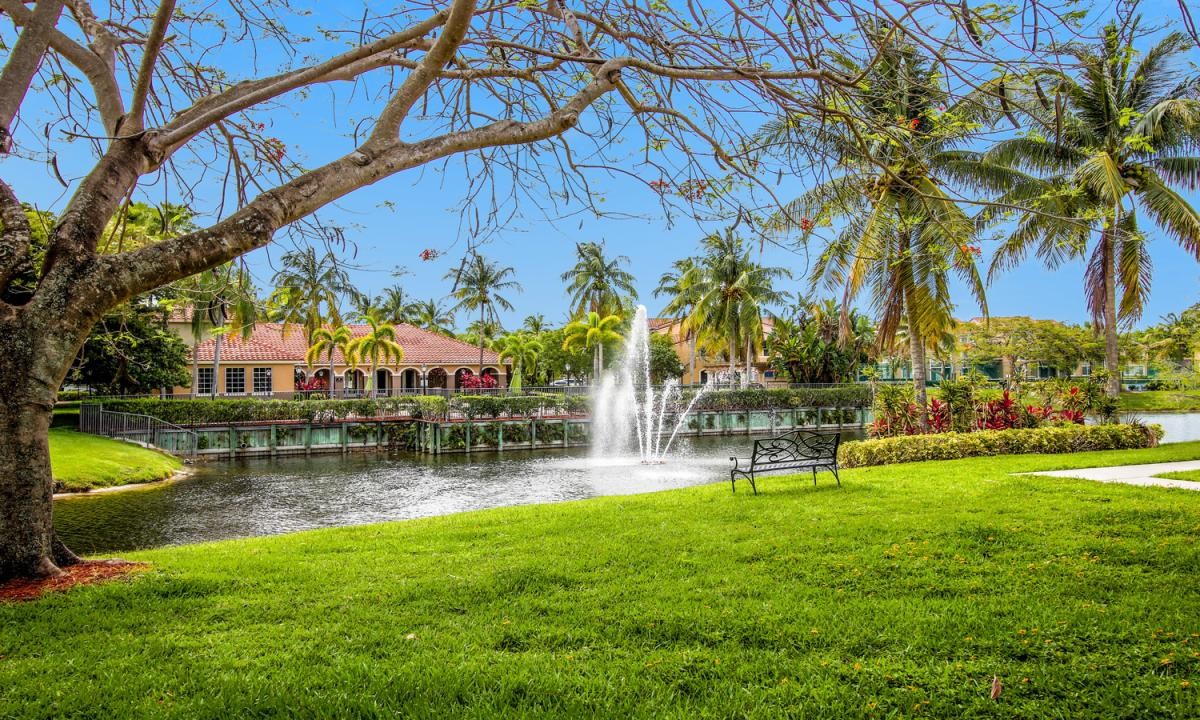 4359 SW 10th Place at 4359 SW 10th Place, Deerfield Beach, FL 33442 ...