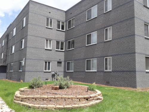 4035 E 12th Avenue Photo 1