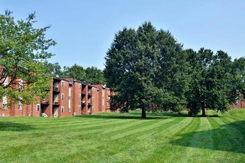 Taylor Park Apartment Homes Photo 1