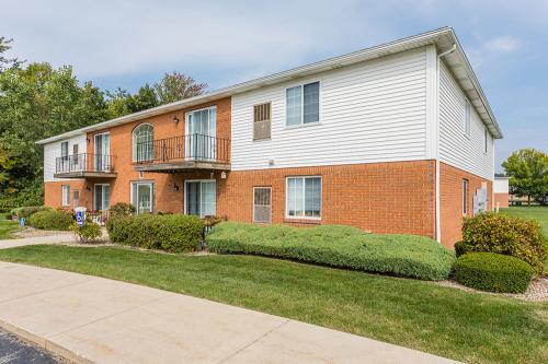 Maplewood Estates Apartments Photo 1