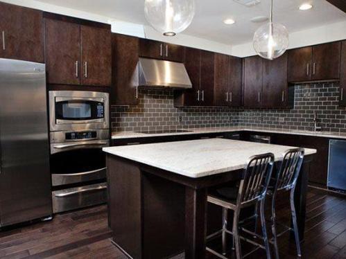 Weston Lakeside Apartments Photo 1