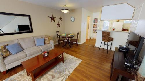 Jenna Village Apartments Photo 1