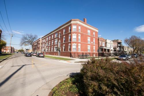 3454 W Lexington Street Photo 1