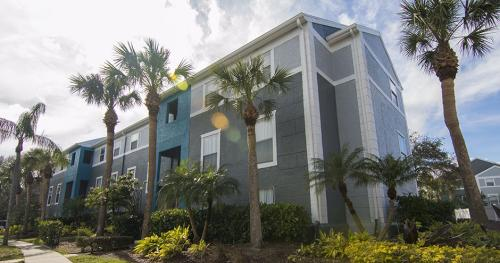 Lighthouse Pointe Apartments Photo 1