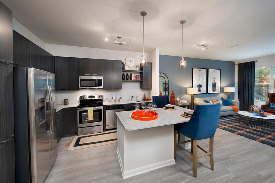City View Vinings Apartments - Atlanta, GA from $1,424 per ...