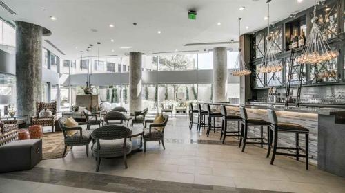 One Dallas Center Apartments Photo 1