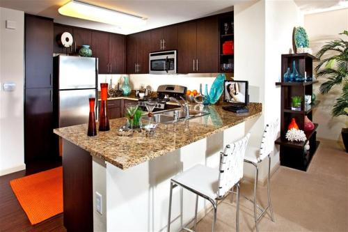 Carabella at Warner Center Apartments Photo 1