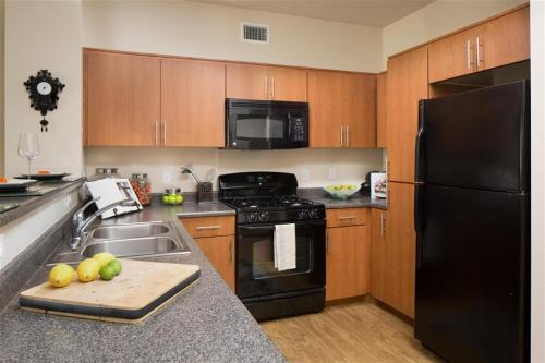 Carillon Apartment Homes Photo 1