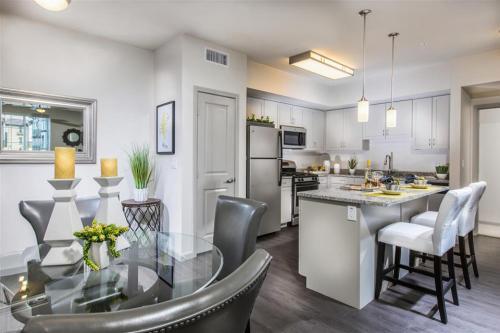 Capriana at Chino Hills Apartments Photo 1