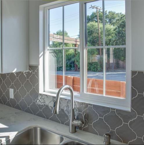 Old Agoura Luxury Apartments Photo 1
