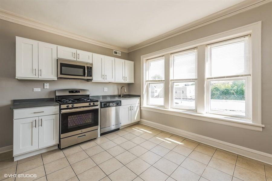 3718 W Fullerton, Chicago, IL 60647 | HotPads