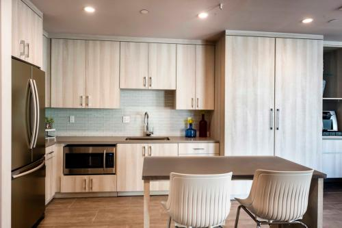 Los Angeles, CA Apartments for Rent from $1 1K to $9K+ a