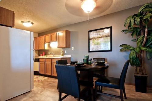 Huntington Ridge Apartments Photo 1