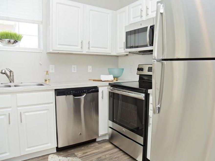 Mandolin Apartments - Euless, TX | HotPads