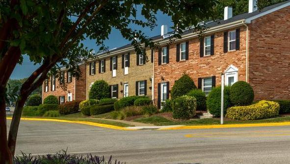 13723 Lynn Street, Woodbridge, VA 22191 | HotPads