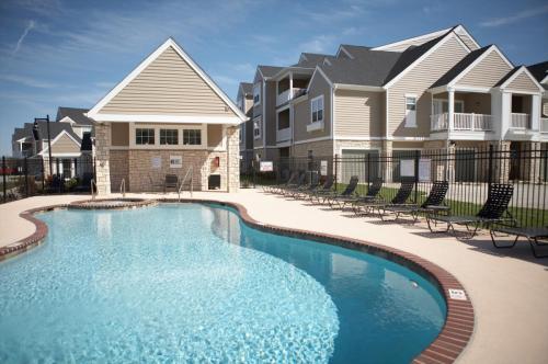 Mansions at Jordan Creek Photo 1