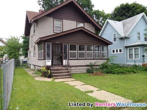1106 Oliver Ave N Photo 1