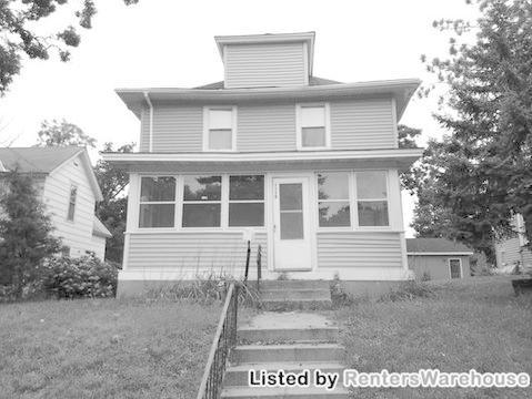 3339 Fremont Avenue N Photo 1