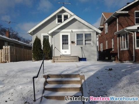 943 Hawthorne Avenue E Photo 1