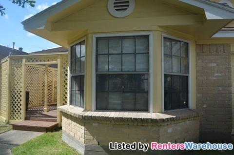 11638 Eaglewood Drive Photo 1
