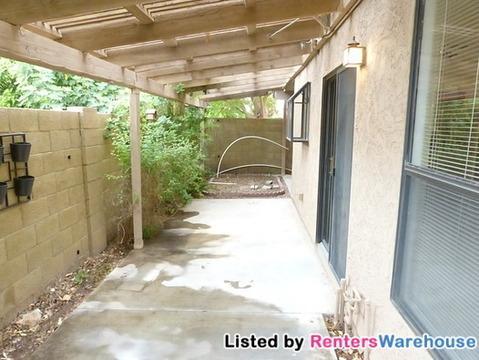 4427 E Tanglewood Drive Photo 1