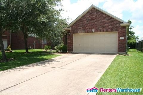 419 Chickory Wood Court Photo 1