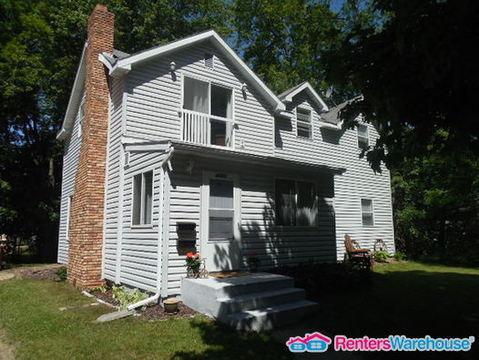 4969 Stewart Avenue Uppr Photo 1